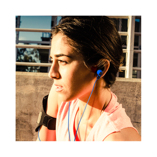 Reflect Aware - Blue - Lightning connector sport earphone with Noise Cancellation and Adaptive Noise Control. - Detailshot 9
